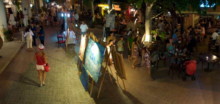 An image of Playa Del Carmen, Mexico  during the evening - Riviera Maya Excursions.