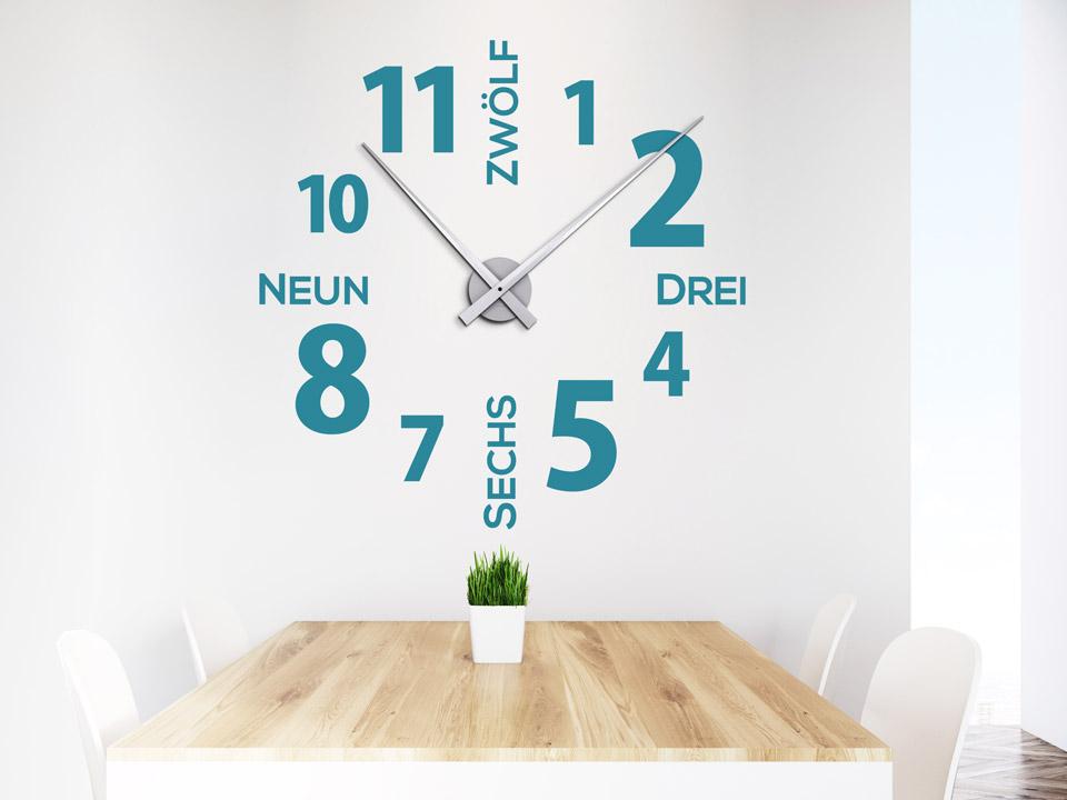 Wohnzimmer Uhr