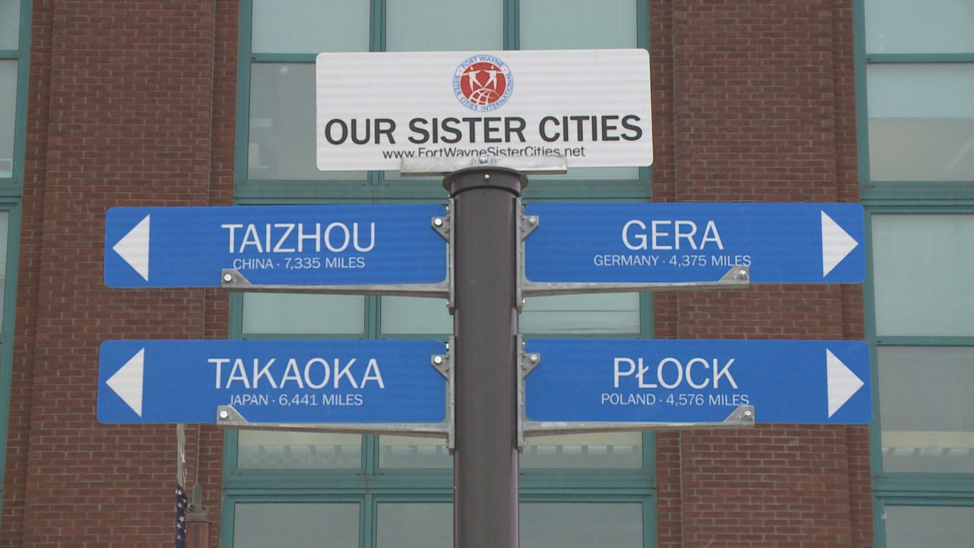 SISTER CITIES_163291