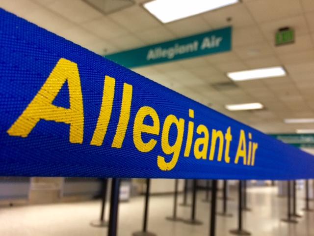 File - Allegiant Air at Fort Wayne International._93872