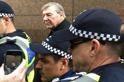 Australia Cardinal Charged_272671