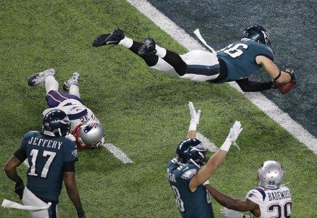 Eagles Patriots Super Bowl Football_311562