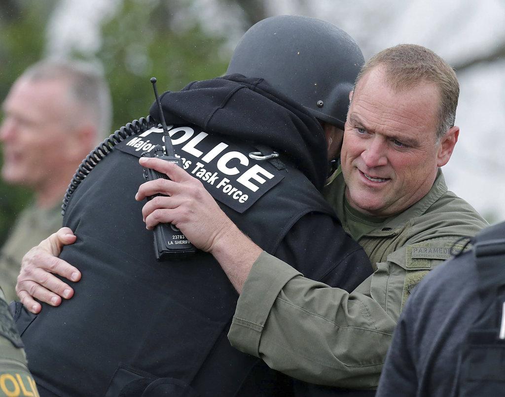 APTOPIX Officers Shot_1520735131157