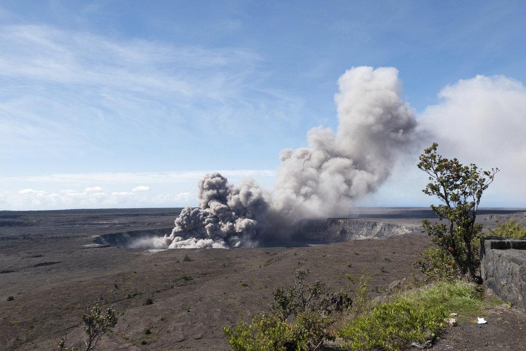 Hawaii Volcano_1526251421144