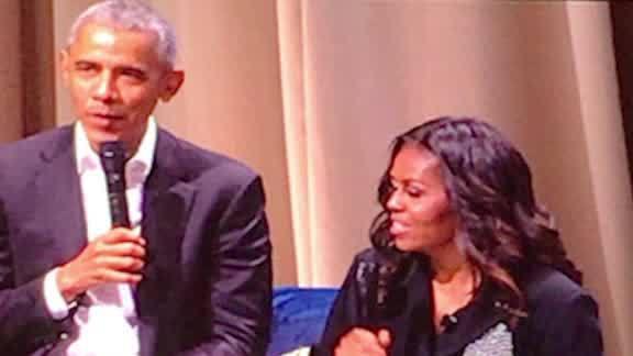 Barack Obama crashes Michelle's book tour