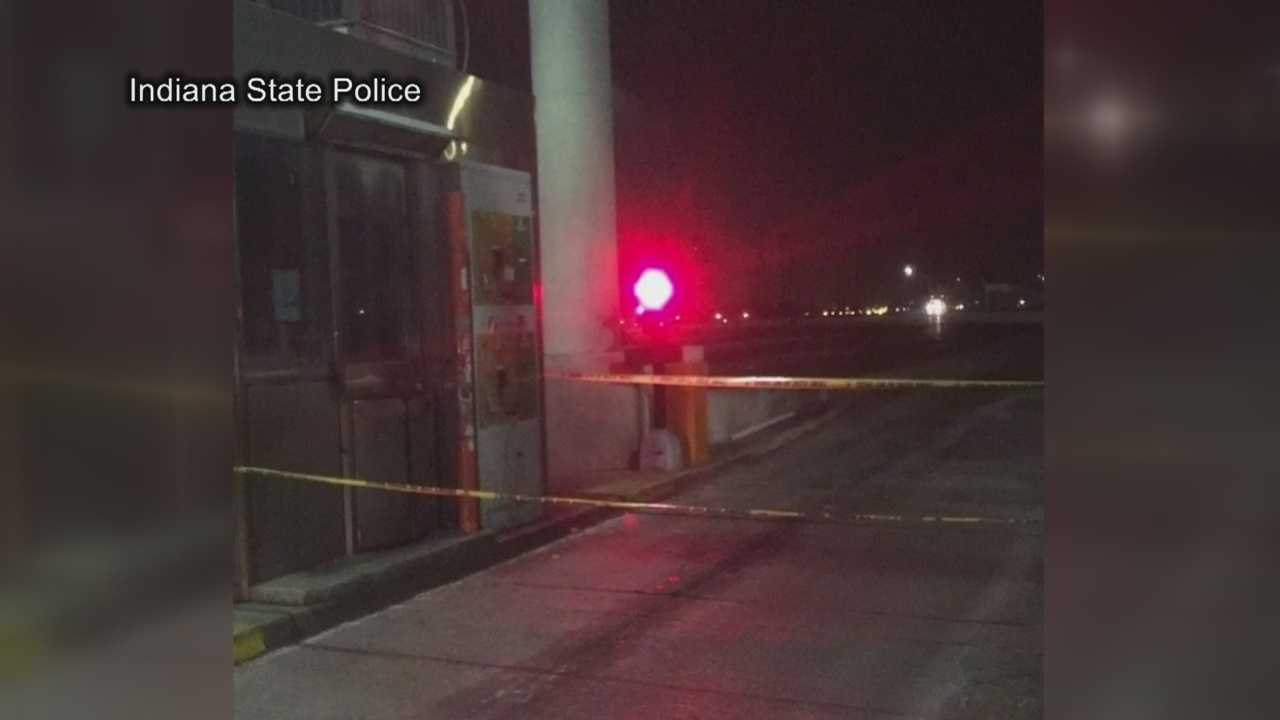 Woman_Pinned_Between_Toll_Booth_and_SUV_0_20181215155848