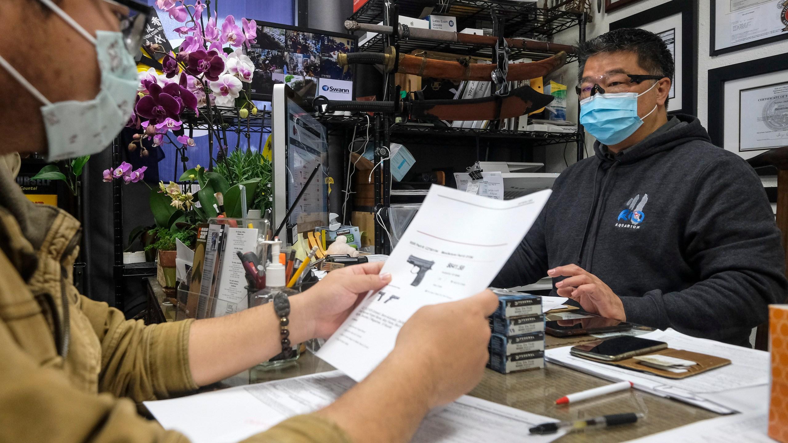 Ohio shutting down all restaurants and bars due to coronavirus | WANE