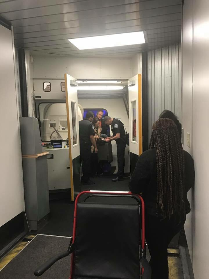 SFO-JFK國內航班海關突襲檢查 - Wanglaw Office