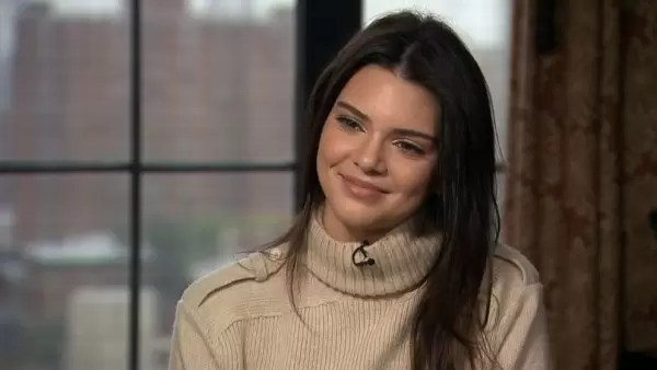 Ikuti Luahan Kendall Jenner Yang Pernah Alami Masalah Jerawat Parah