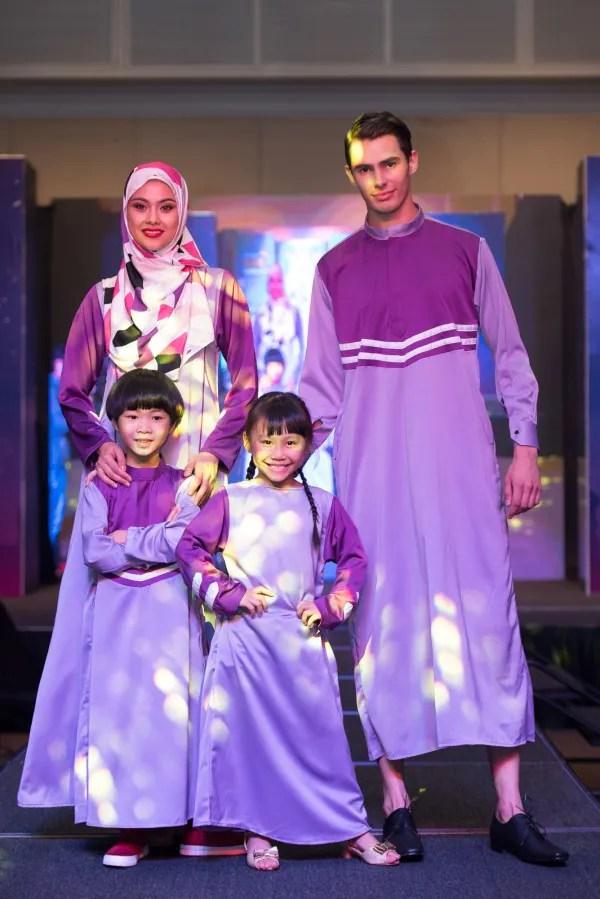 Pertunjukan fesyen di Kempen Riang Ria Raya Lazada. Foto - Arkib Wanista