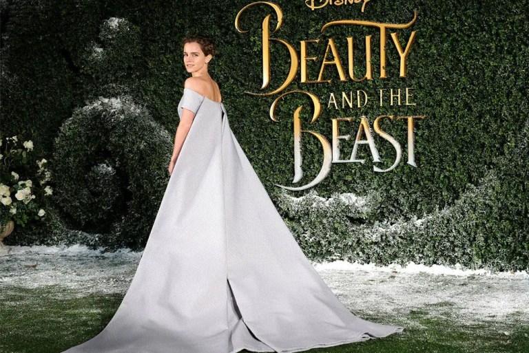 Busana Biru Emma Watson Serlah Pesona 'Puteri Disney' Di Tayangan Perdana BNTB