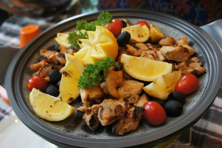 Buka Puasa di V E Hotel & Residence Untuk Nikmat Rasa Rempah Masakan Arab