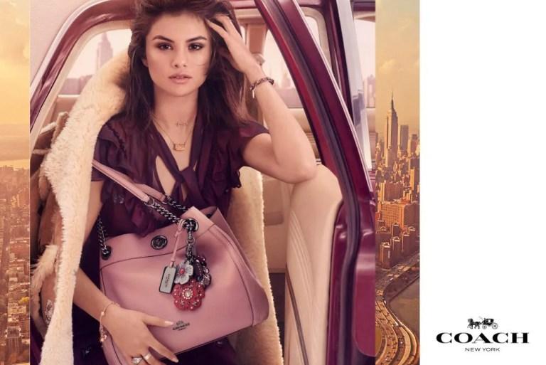Selena Gomez Menyerlah Untuk Kempen Musim Luruh Coach