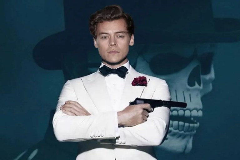 "Cair Semua Perempuan Kalau Harry Styles Jadi ""The Next James Bond""!"