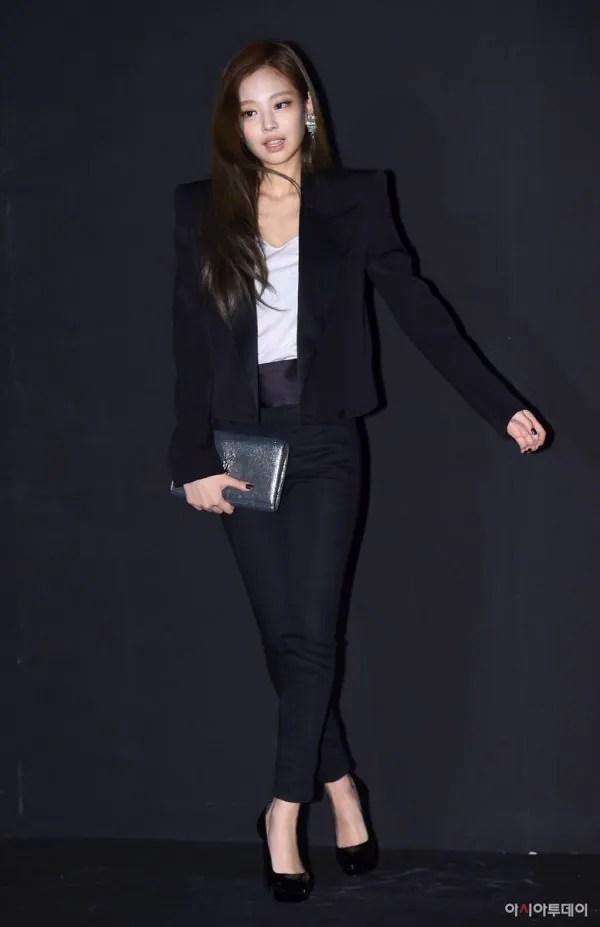 7 Gaya BlackPink Jennie Bukti Dia Layak Digelar Ikon
