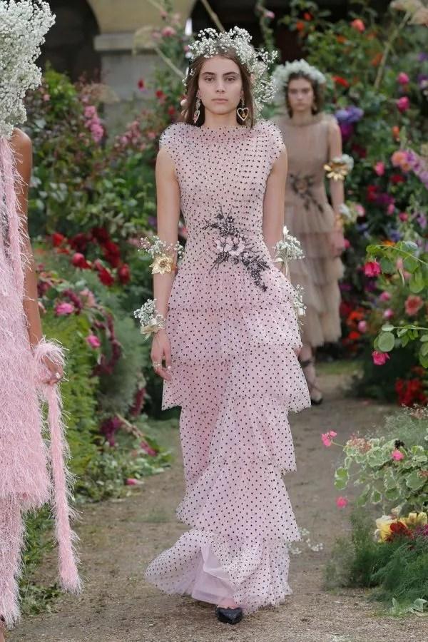 Gaun Kahwin Pretty in Pink Aktres Mandy Moore Dapat