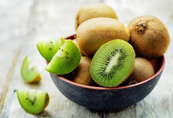 Hanya Makan Sebiji Buah Kiwi Anda Boleh Miliki 100% Vitamin C!