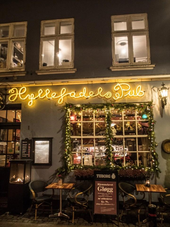 Christmas market in Nyhavn harbour