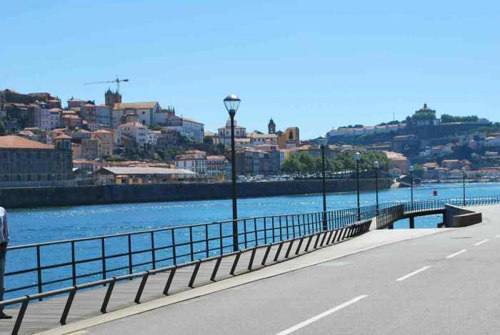 river view in porto porto_dourappartments-14