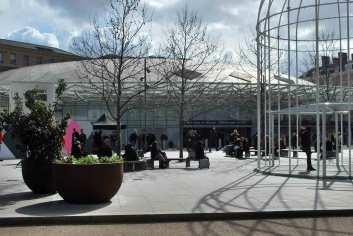 de moderne aanbouw van King's Cross