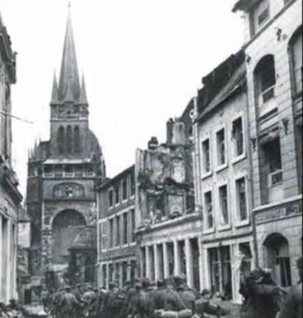 Deutsche Gefangene wurden aus der Bendelstrae Richtung Dom gefhrt