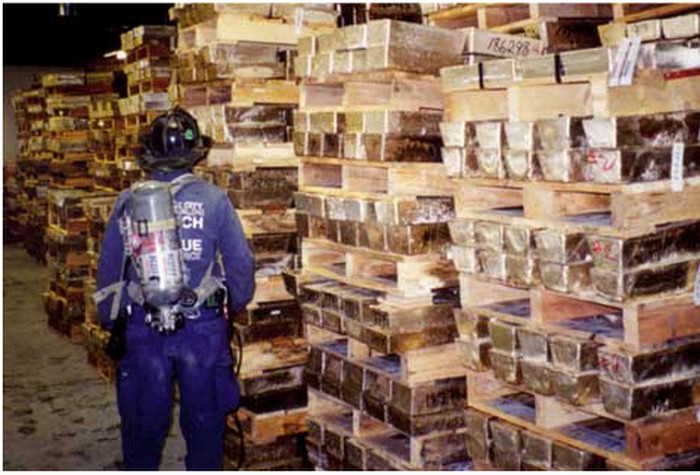 911 vault kluis goud
