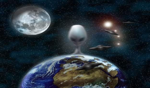 ET plaatje aarde ufo