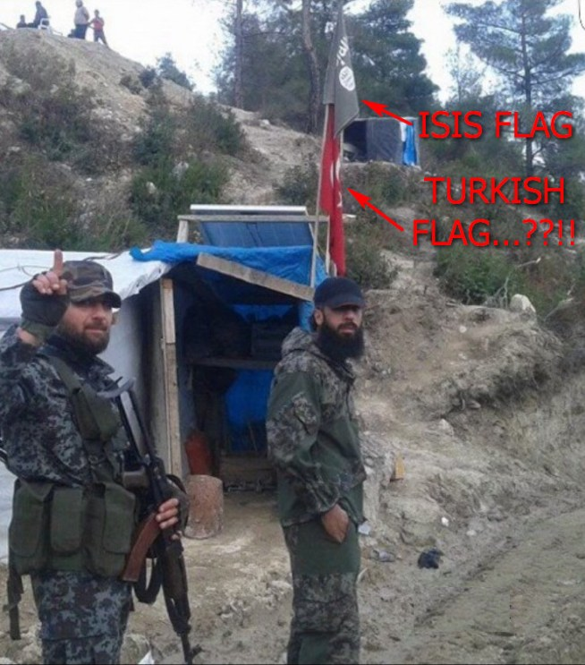 ISIS en Turkse vlag samen2