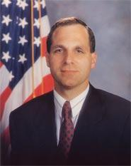 Oud FBI-directeur Louis Freeh