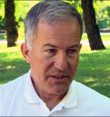 OVSE-waarnemer, de Canadees Michael Bociurkiw (klik voor hele artikel)
