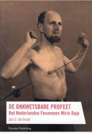 Het was de Nederlander Mirin Dajo, die feitelijk PRECIES hetzelfde verhaal vertelde in de jaren 1950 als nu in Princeton University wordt bestudeerd.. Het fysieke lichaam en de fysieke wereld is in feite VOLLEDIG ondergeschikt aan de geest van de mens.