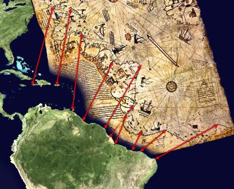 De eeuwenoude kaart van kapitein Piri Reis, waarschijnlijk een overgetekende kopie van een kaart, die alleen vanuit een niet-aardse positie gemaakt kan zijn. Hier een interpretatie van de kaart in relatie tot de kust van Zuid Amerika (Brazilië en Suriname o.a.)