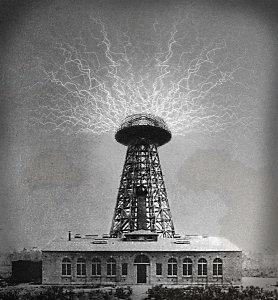 Het was Nicola Tesla die begin jaren 1900 al aantoonde dat feitelijke ALLES energie is, en dat het er alleen maar om gaat deze af te kunnen tappen. Zijn uitvindingen die dit bewezen, werden de nek omgedraaid..! Voor 'gratis' energie kun je mensen natuurlijk geen rekening sturen..!