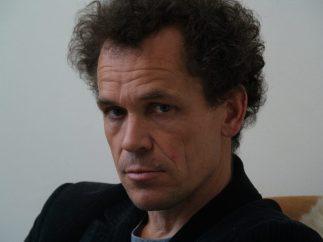 Bram Bakker, psychiater schrijver en columnist