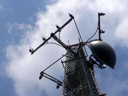 Als je autoradio ernstig gestoord wordt, wanneer je onder of langs zo'n GSM-mast rijdt, wat voor invloed denk je dat die masten en de EMS (elektro-magnetische straling) voor effect op ons en het Aardeveld hebben?