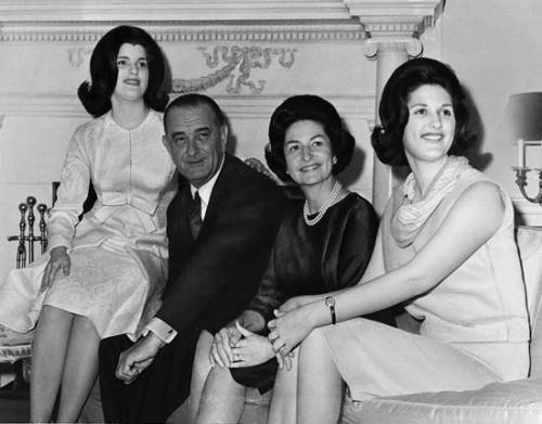 Lyndon B. Johnson, Lady B en hun dochters.