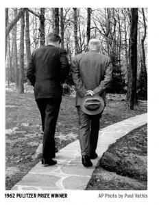 JFK & Eisenhouwer, ook hij hield zich bezig met X-files maar verloor controle