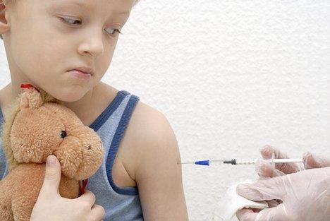 De oproep om kinderen van 0 - 4 jaar te vaccineren is een geen uitgemaakte zaak. Er zijn wel degelijk ernstige twijfels. In ieder geval -opnieuw- aan de volledigheid van berichtgeving door de overheid.