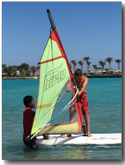 luc surfplank spiegel