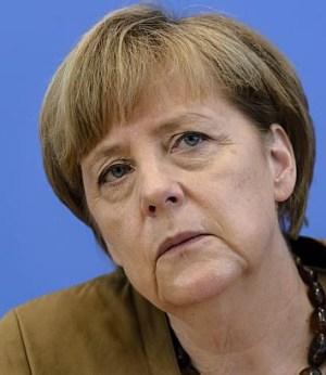 Angela Merkel tijdens haar persconferentie rondom de tragische ramp met de MH17