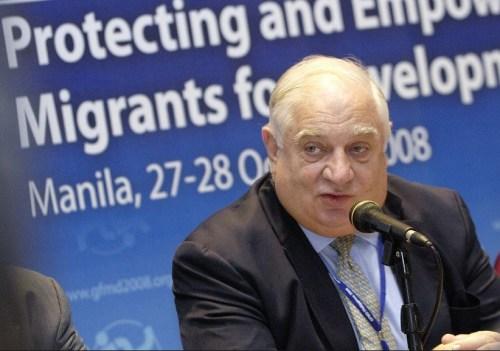 Peter Sutherland, de spin in het web rondom de vluchtelingenstroom in de EU..??