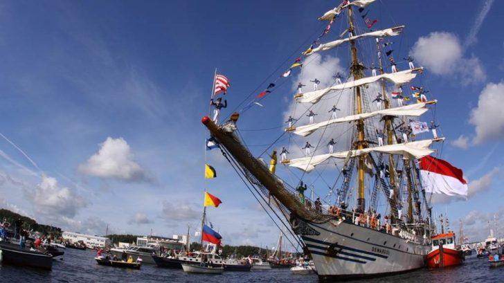 sail amsterdam ship