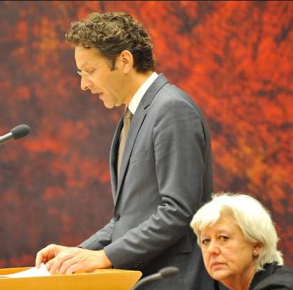 Rekenkamer-voorzitter Saskia Stuiveling, hier in de Tweede Kamer, als 'ruggesteun' voor de huidige Minister van Financiën..
