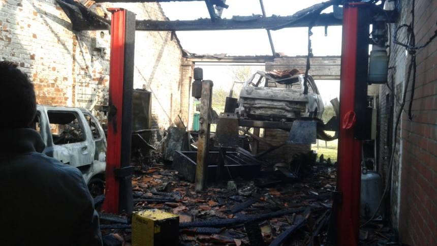 incendie garage 1
