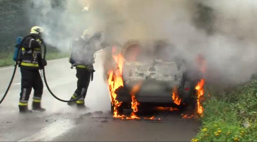 vaulx voiture feu 02