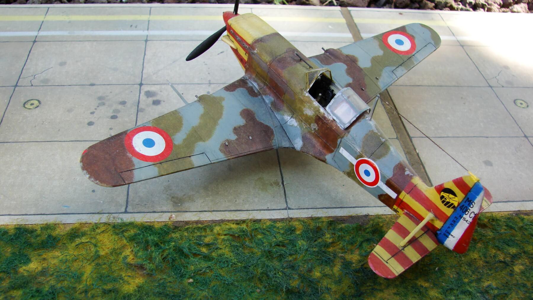 Maquette Davion De Morane Saulnier MS406 Modle 153
