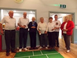 Moreton Pinkney receive the league cup from Wardington Club President Lady Wardington.