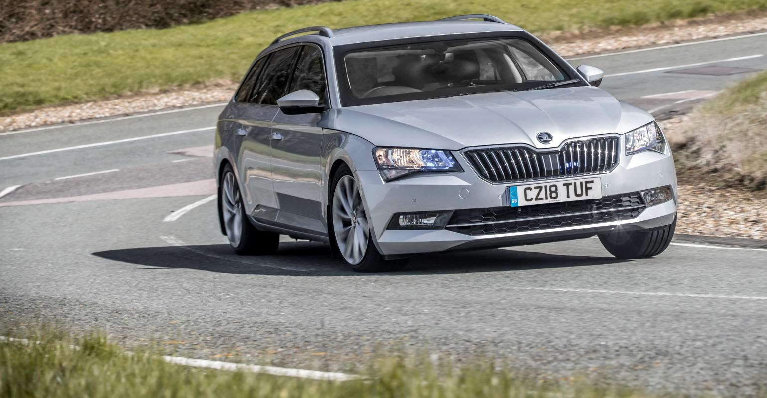 armored skoda superb estate  [ 1540 x 800 Pixel ]