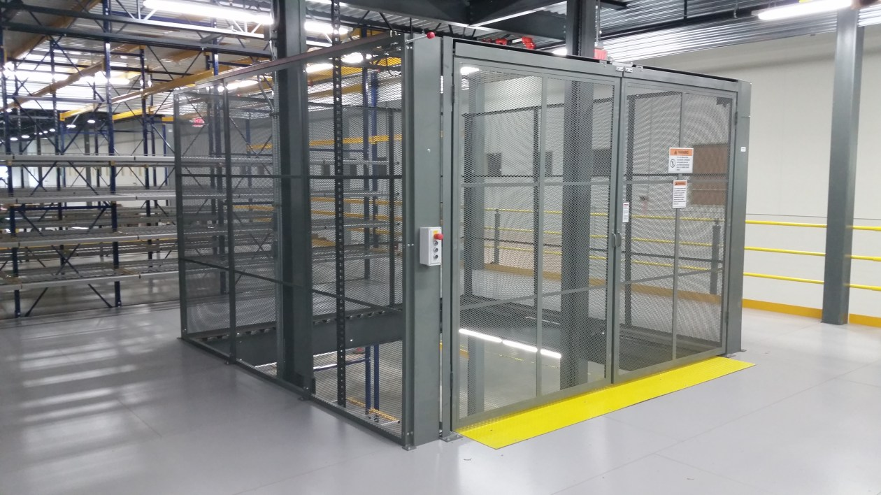 3 Level Vertical Lift