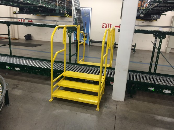 Conveyor Crossover - Single Conveyor